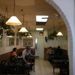 Virginia-Restaurant-04