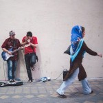 Street Singers and the Passers-by (5)