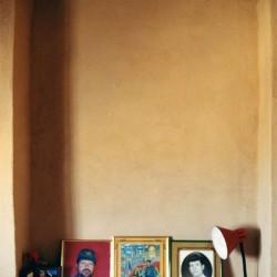 Decorated Niches - بر تاقچه ها