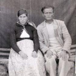 Armenian families taken in Isfahan by Minas Patkerhanian Machertich in 1900s